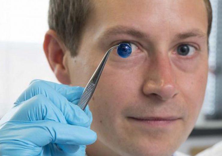 biomedical engineers make 3D printed corneas
