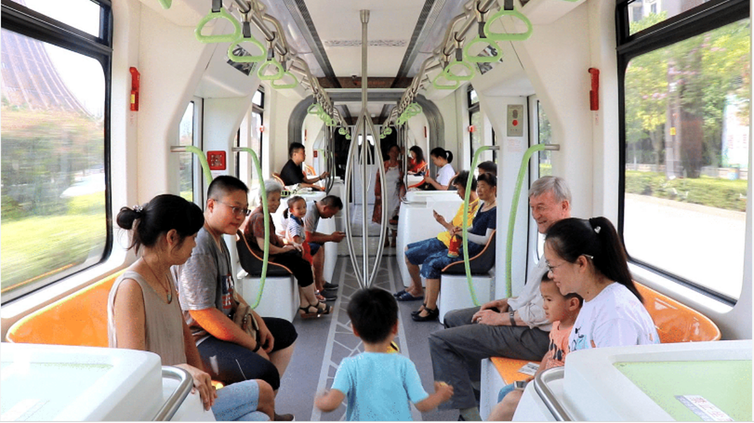 trackless tram benefits like ride quality